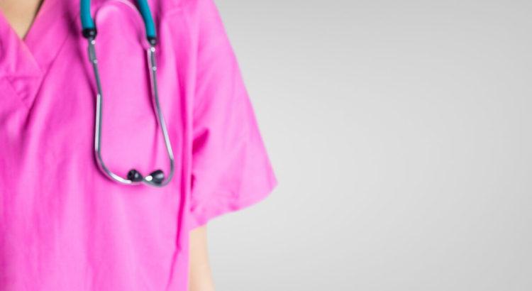 funciones del auxiliar de enfermeria